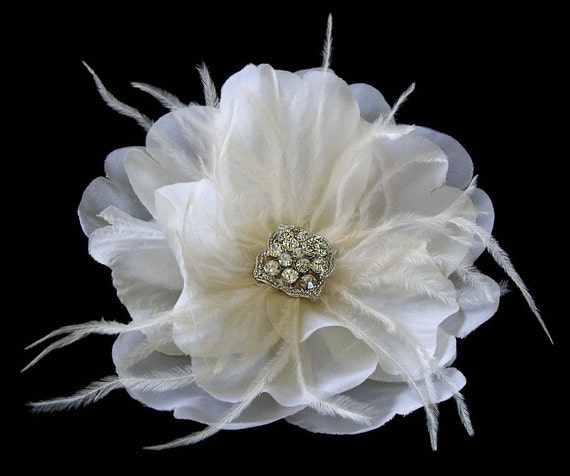 Bella -- Bridal Flower Hair Clip Fascinator With Ostrich Feathers and Vintage Rhinestone in Light Ivory
