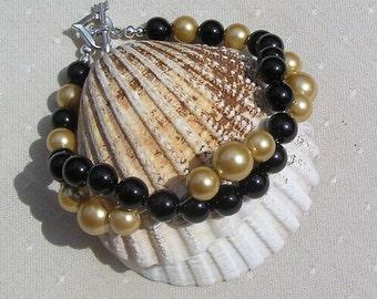"Black Onyx & Golden Shell Pearl Crystal Gemstone Wave Bracelet ""Arizona"", Black Bracelet, Gold bracelet, Chakra Bracelet, Shell Bracelet"