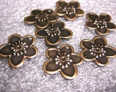 Antique Copper Plated Cherry Blossom Charm, 16mm 20 pcs