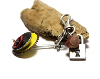 Industrial Beach Stone Keychain - Pebble and Steampunk Metalwork Jewelry Supplies by Allybeans