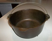 Vintage Cast Iron Dutch Oven 9 quart - Irishcolleen01