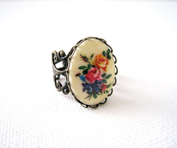 Flower Cameo Ring. vintage style rose cameo with adjustable filigree ring