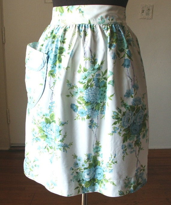 Vintage 60's Apron,  Half Apron, Blue, Green and White Floral, with Pocket, 50's Style, Shabby Chic