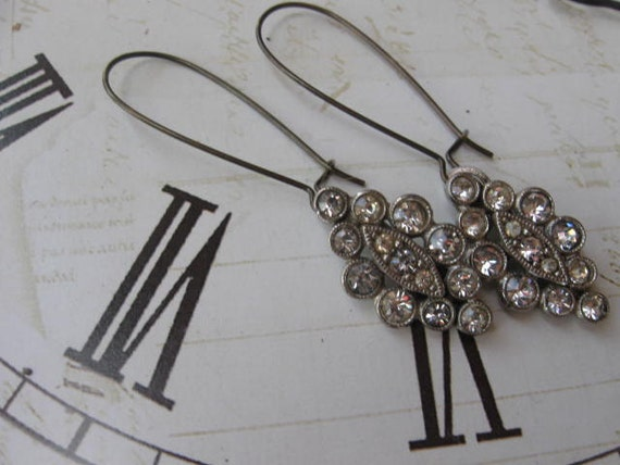 Old Time Romance.vintage glass rhinestone assemblage dangle earrings