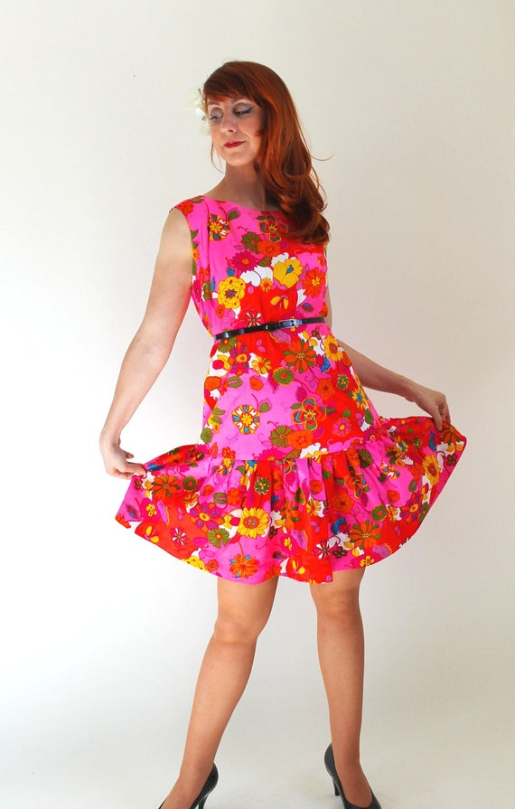 Sale - Vintage 1960s Floral Mod Dress. Bright Pink Orange Yellow. Summer. Fall. Back To School. Mad Men Fashion. Weddings. Size Large