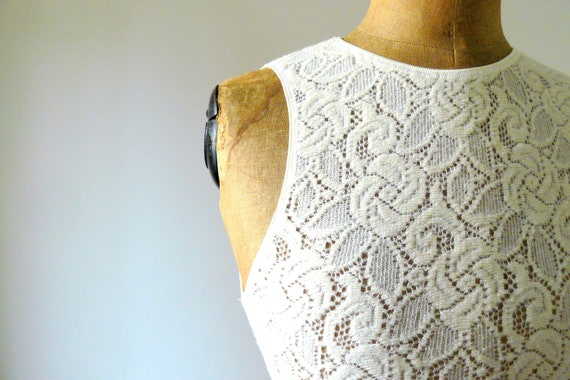 Vintage 1980s ivory wool lace chemise. lingerie. tank top