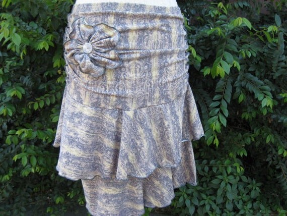 smoke and chamois mix floral print ruffle skirt with rose decoration