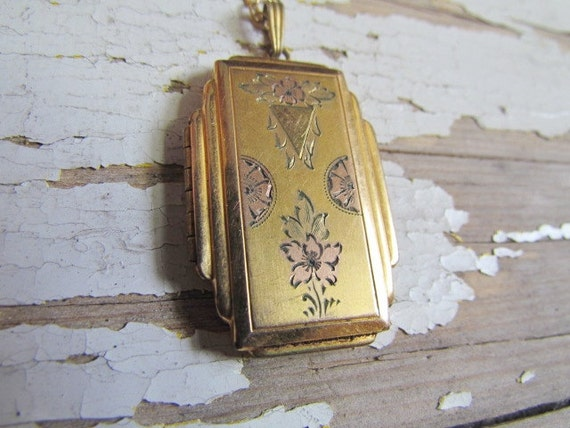 Antique Art Deco Locket c.1920s