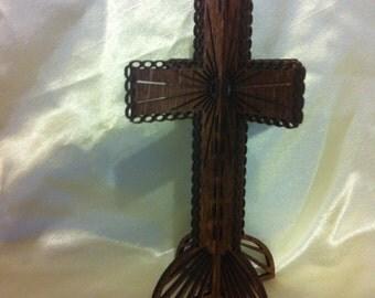 3D Standing Chain Cross