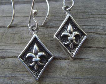Medieval Fleur de lis earrings in sterling silver