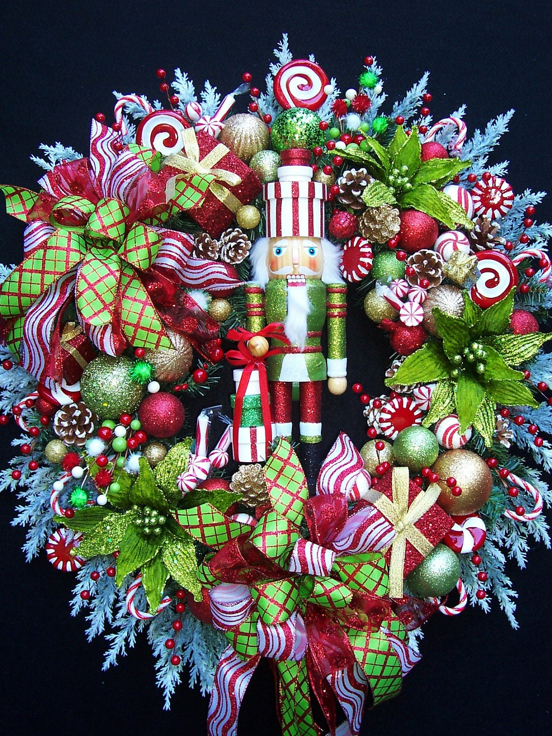 Lg NUTCRACKER CHRISTMAS HOLIDAY Wreath By UpTownOriginals