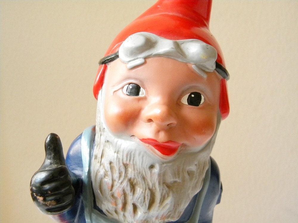 Gnome In Garden: Vintage Gnome LARGE German Garden Gnome