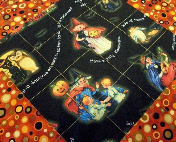 Halloween Table Runner Vintage Look Handmade Quilted