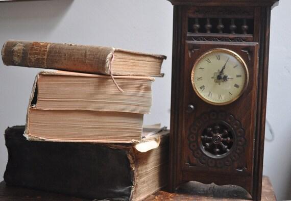 VIntage Clock in Wooden Case - 1981