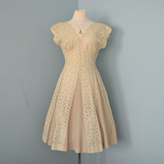 Vintage Wedding Dresses 1930 S 1940 S: Vintage 1940's Lace Dress...Beautiful Deep Cream Lace And