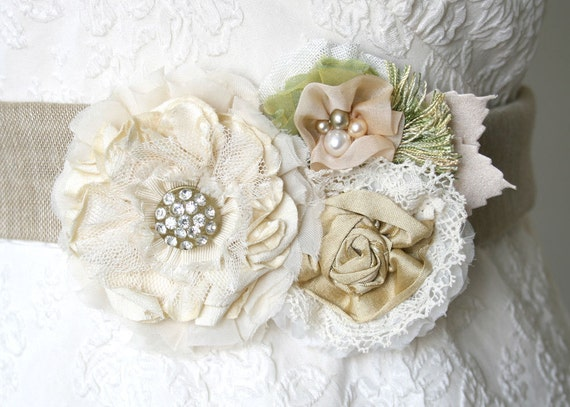 Bridal Sash, Wedding Party Accessory, Bridesmaid Sash Belt, Wedding Sash, Floral Sash Belt
