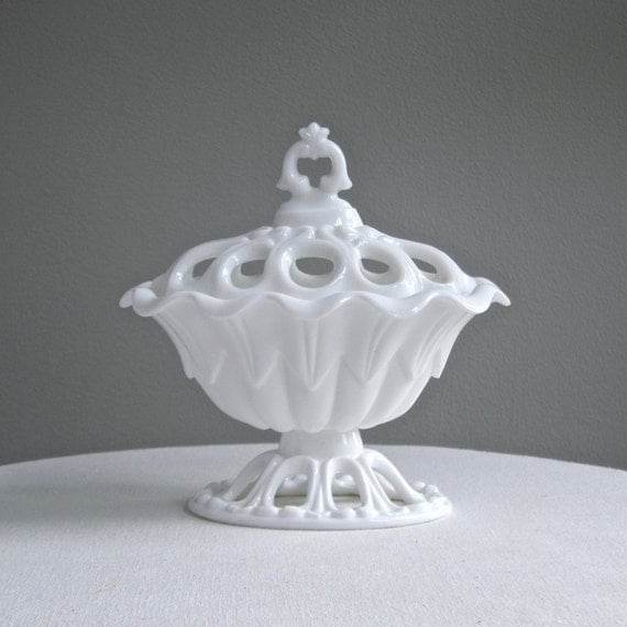 Fostoria Milk Glass Covered Dish Franklin Urn With