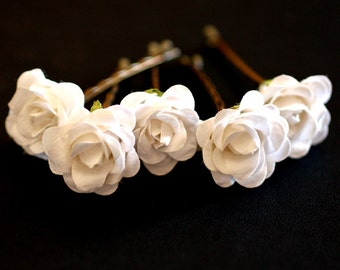 White Rose, Bridal Hair Accessories, Bohemian Wedding Hair Accessory, Bridal White Hair Flower, Brass Bobby Pins - Set of 5