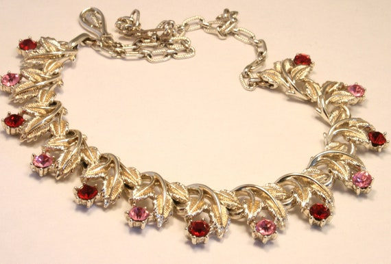 Vintage pink and red rhinestone crystal necklace