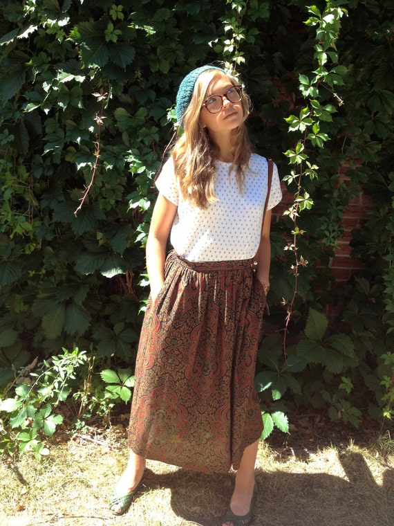 swag  SKIRT, vintage clothing, pocketed, long length, folk tapestry style print,eclectic, office,  size S/M, by Zasra