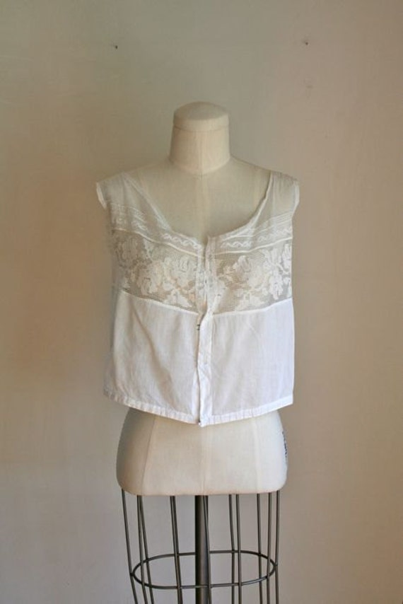 vintage 1900s lace camisole - DAINTY edwardian lace yolk blouse / S