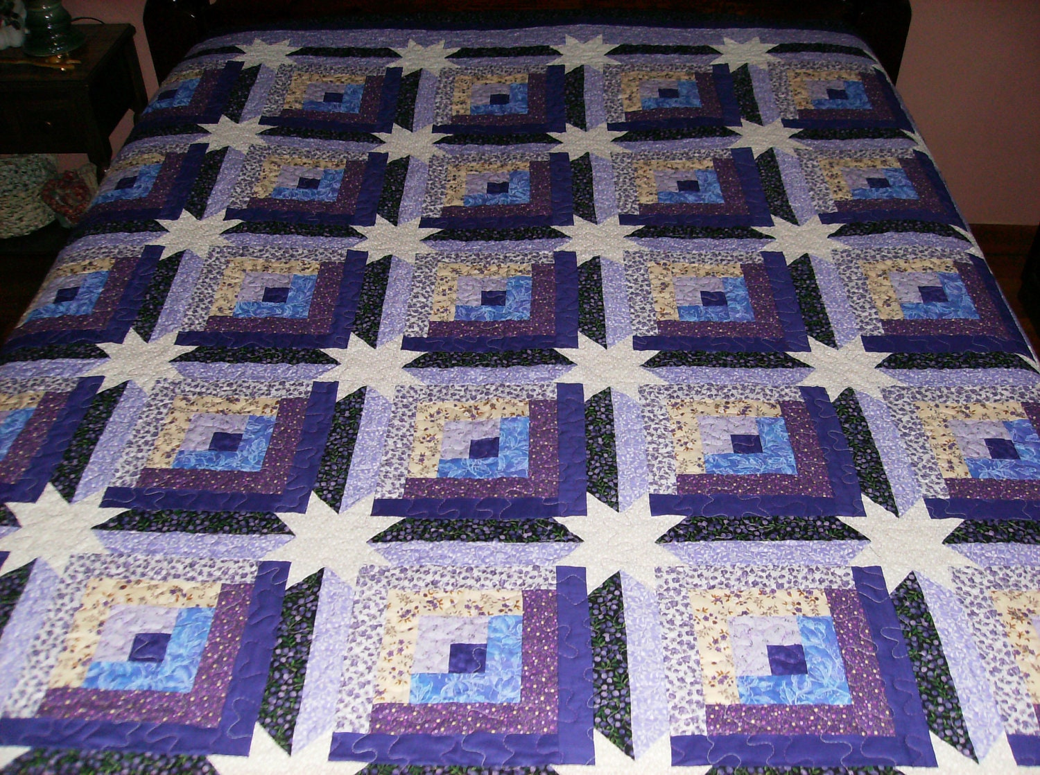 Log Cabin Quilt Pattern Free Queen Size : Log Cabin with Corner Star Queen Quilt Purple and Tan