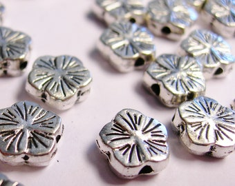 Silver color  beads hypoallergenic- 50 pcs - engraved flower beads - ZAS  91