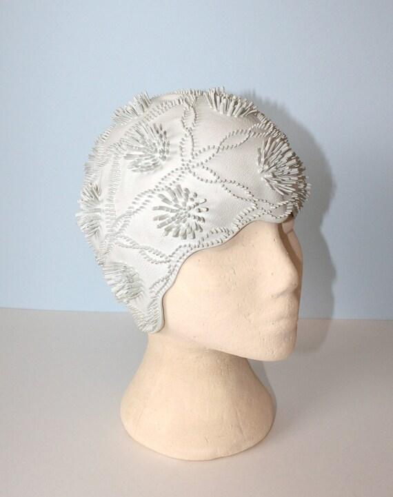 1960s Bathing Cap / Vintage White Floral Rubber Swim Cap / JANTZEN Made in England
