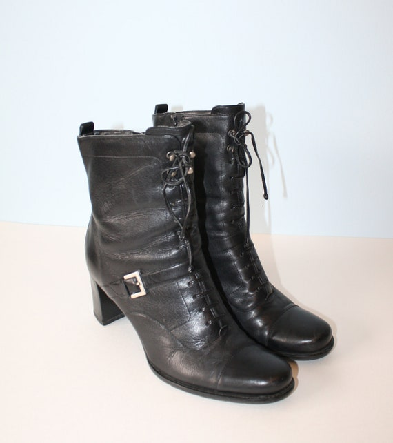 vintage black leather ankle boots lace up by foxybritvintage