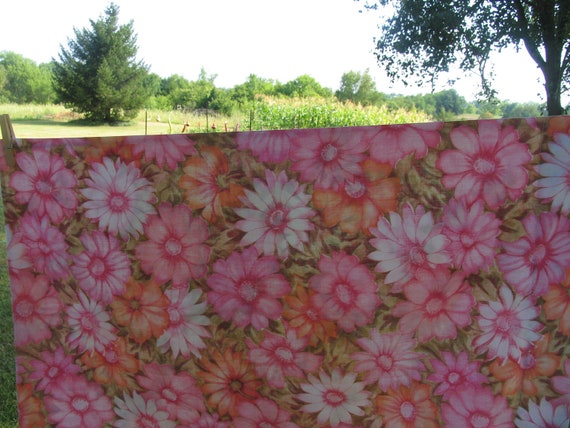 Sheet and pillowcase Full Flat or Top Sheet with matching standard pillowcase Pink and Orange Flowers