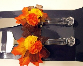 Cake Server and Knife Set Customized for Your Wedding