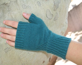 Featherweight Cashmere Fingerless Gloves  PDF pattern for 100% cashmere Yarn