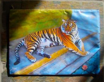 Tiger, Travel Bag, Save our Wildlife Bag, Tiger, Travel Bag, Tiger, zippered computer bag, paw, sumatra Tiger, big cat, Save the Tigers