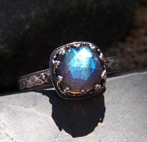 Midnight Princess Ring - 8mm Rose Cut Labradorite in Heart Crown Bezel Sterling Silver ring
