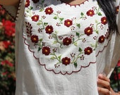 Pretty Pretty Flowers Natural Cotton Hand Embroidered Vintage Mexican Top