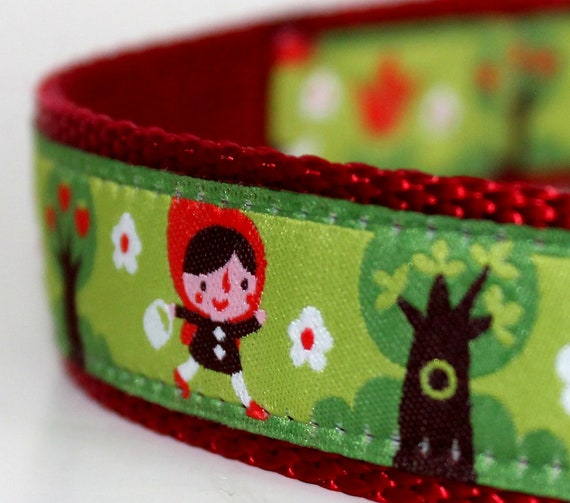 Big Red Riding Hood Dog Collar  / 1 inch width / adjustable / Only up to size Large available