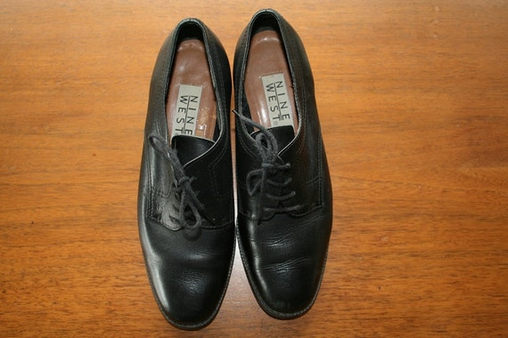 Vintage 1990s Oxfords / Black Nine West Lace-up Oxfords / Womens Size 7
