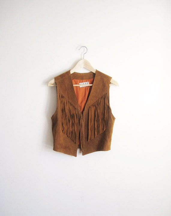 VINTAGE 80s Fringed Leather Vest in Camel s