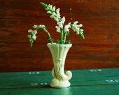 Cornucopia Horn Vase, Pale Yellow Ceramic Vase, Thanksgiving Table Fall Decor