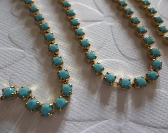 Rhinestone Chain Turquoise Czech Maxima Crystal 3mm 24PP in Brass Setting - Qty 36 inch strand