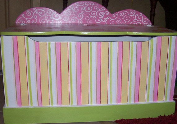 TOY chest TOYBOX Strip-es and swirlys and dots