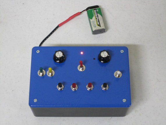 Pitch Shifter // Feedback Synth // Sonic Architecture // Sound Module