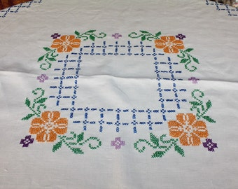 Vintage Linen Tablecloth Cross Stitch Embroidered Flowers 47 x 50 Inches