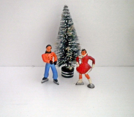 Barclay Winter Skaters Lead Figures Christmas Holiday Toy Britains