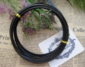 Thickness 10 gauge (2.5mm) - 16 feet - Artistic Aluminum Craft Wire - Black