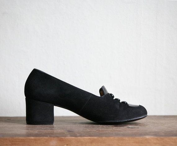 Post War Romance Black Suede Heels 1950ies size 5