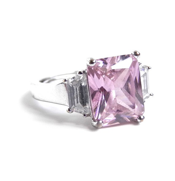 Princess Cut Pink Stone Ring - Vintage Silver Tone Size 6 Cocktail Costume Jewelry / Pink Glow