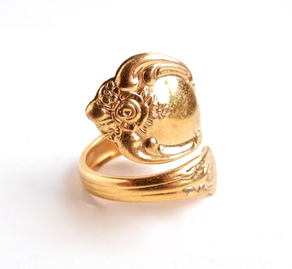 vintage gold tone spoon ring design wm by