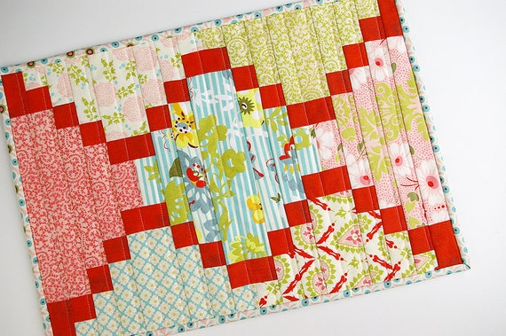 Placemat or Table Topper in Hello Luscious