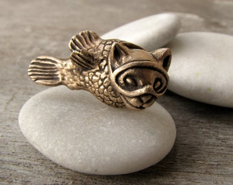 Catfish ring bronze and stainless steel